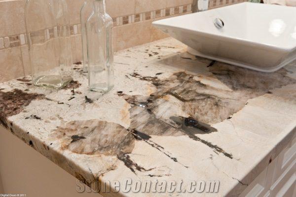 vintage-granite-kitchen-countertops-white-brazil-granite-p245935-1B[1]