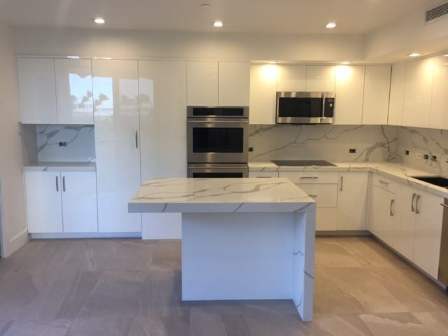 Kitchen Cabinets In Palm Beach County